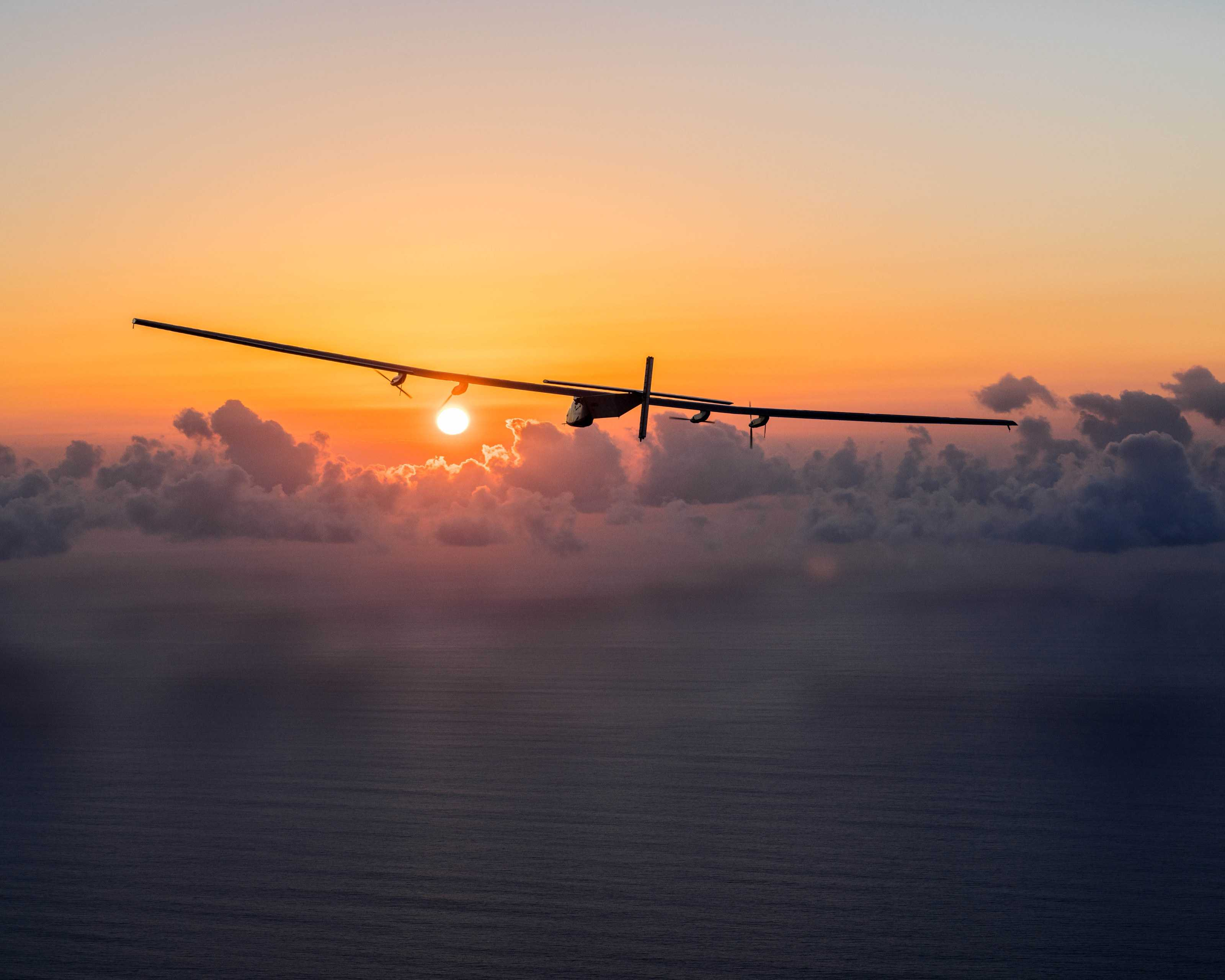 BG_SolarImpulse2_20160226_RTW_Maintenance_Flight_Hawaii_JeanRevillard-15 | © Jean Revillard